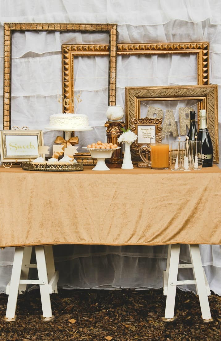 gold party dessert table ideas