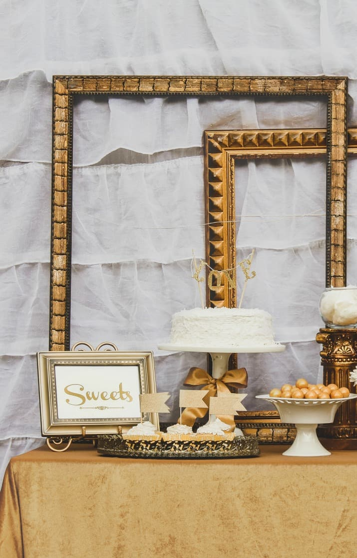 gold dessert table ideas