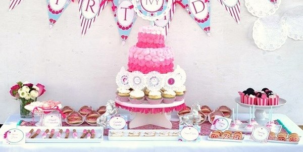 Unicorn Themed Birthday Party {Guest Feature}