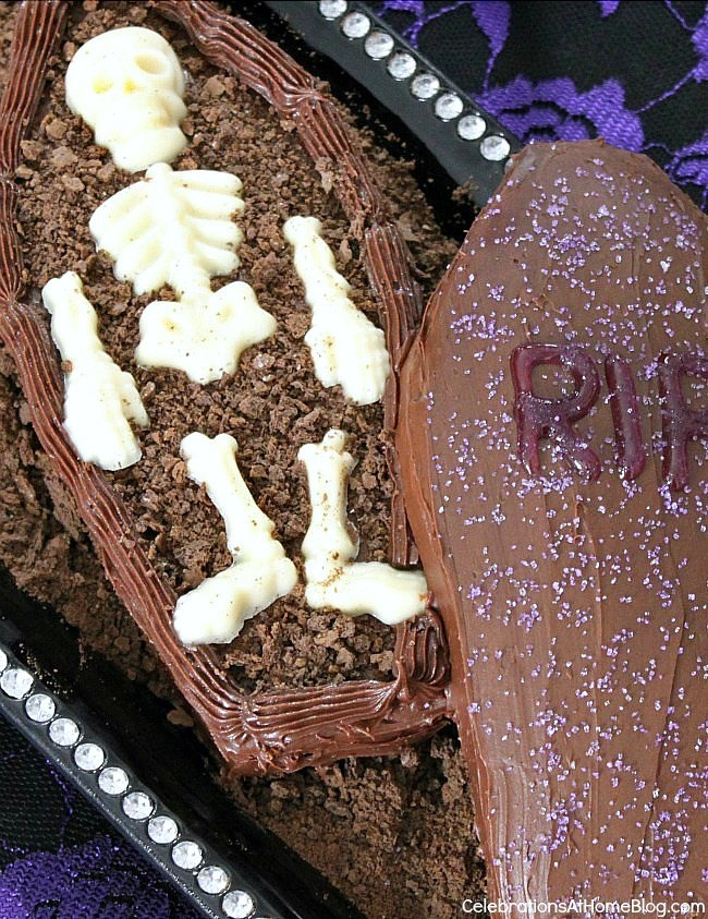 Find out how to make a Halloween coffin cake, here