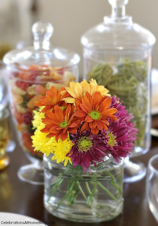 Entertaining italian themed dinner party ideas for Dinner table flower arrangements