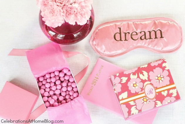 sleep pink favors