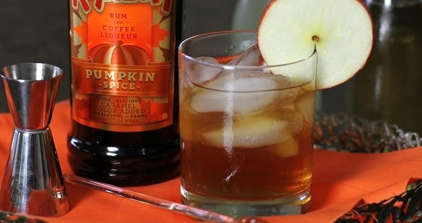 Apple-Pumpkin Spice Cocktail