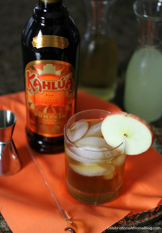 apple-pumpkin spice cocktail