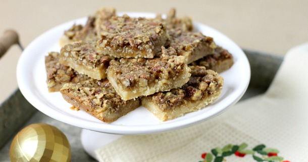 easy pecan pie bars with sugar cookie crust