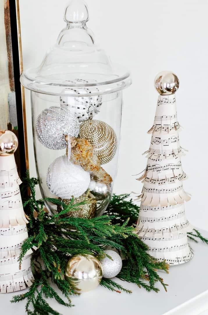 Music theme Christmas decor ideas