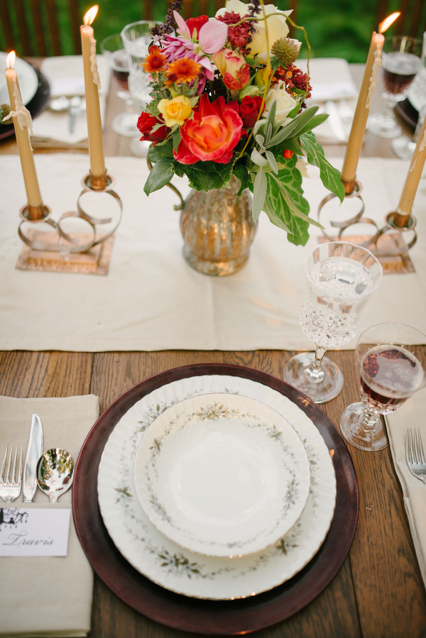 alfresco dinner party with Cari Wilton photography