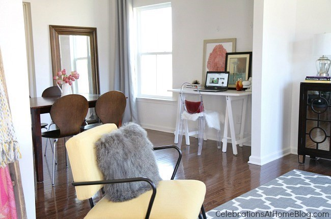home tour-sitting room