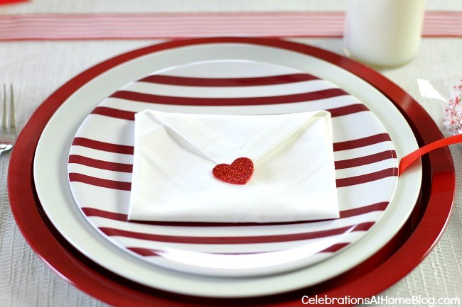 diy valentine napkin envelopes #valentinesday #diy