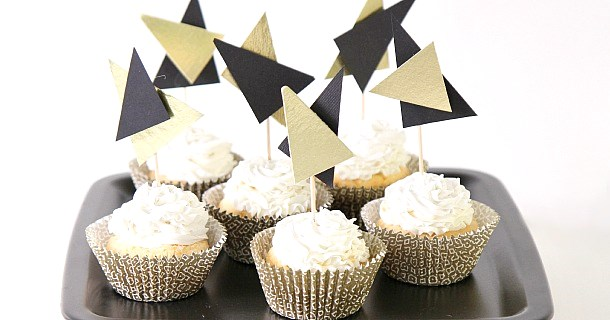 DIY :: Modern Triangle Cupcake Toppers