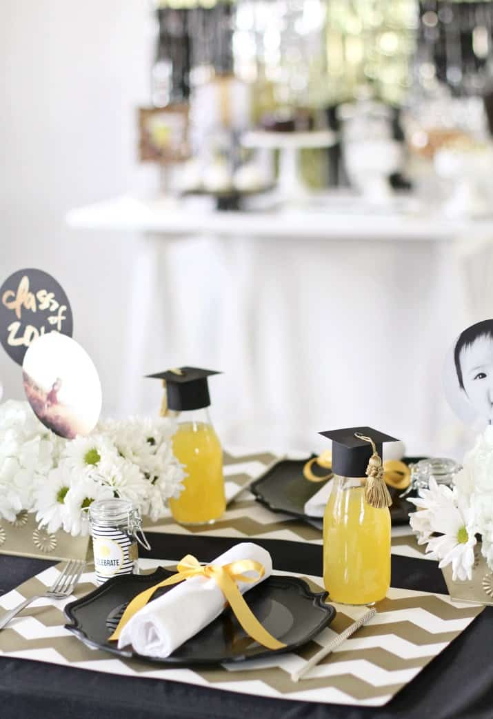 modern graduation party place setting