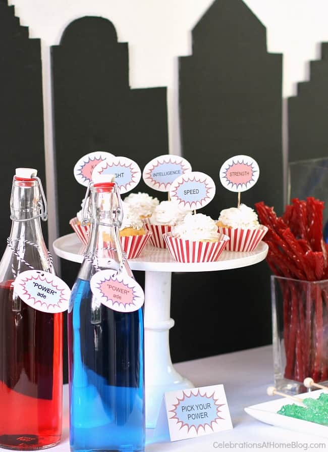 All you need are these 5 simple ideas for a fun Superman party. Your child will be a super hero among his friends!