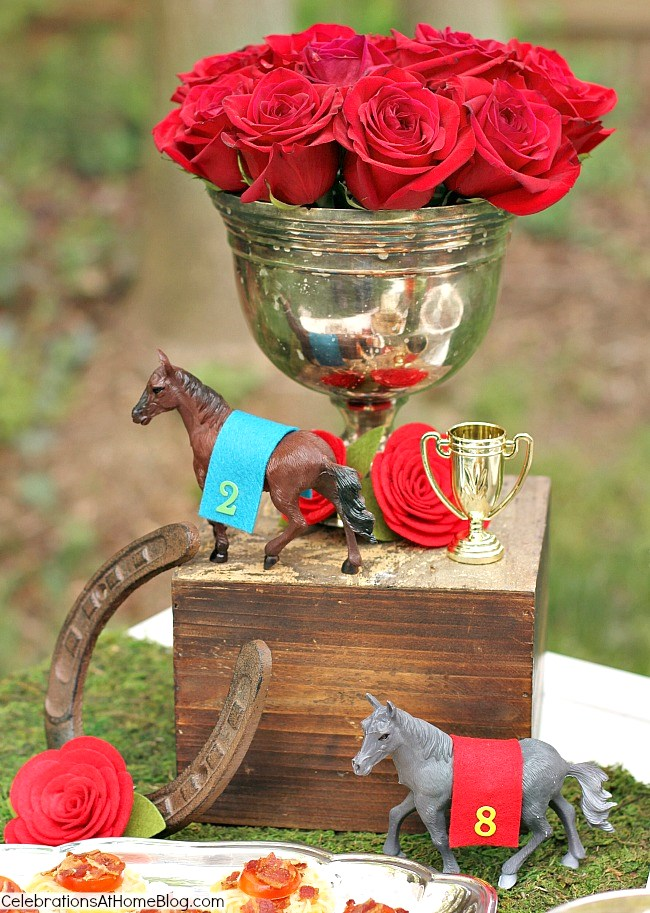 These are my top tips & recipes to host the best derby viewing party, guaranteed! Decor, inspiration, classic food & drink, all right here! Kentucky Derby flower centerpiece