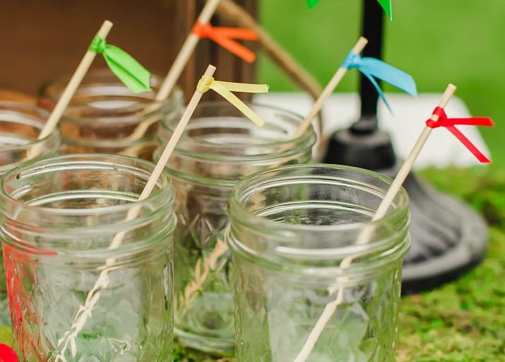 "Best derby viewing party ideas include ""whip"" stirrers"