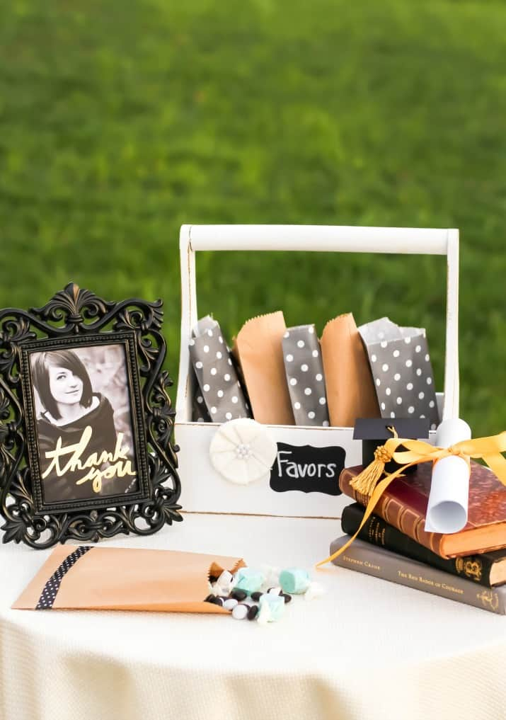 shabby chic graduation party ideas, favors table