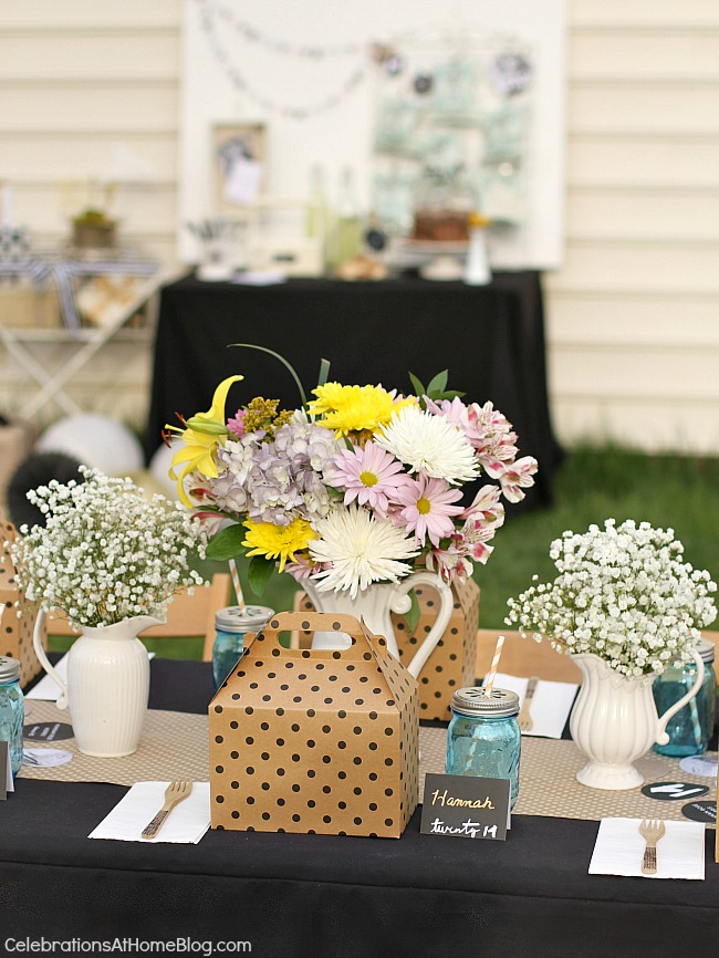 Lots Of Ideas For A Backyard Graduation Party With Boxed Lunches Personalized Table