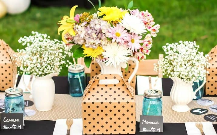 Shabby Chic Graduation Party Ideas with Boxed Lunch