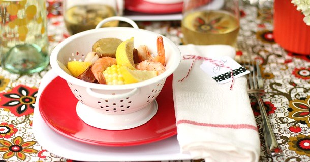 Entertaining : Ideas & Recipes to Host a Shrimp Boil
