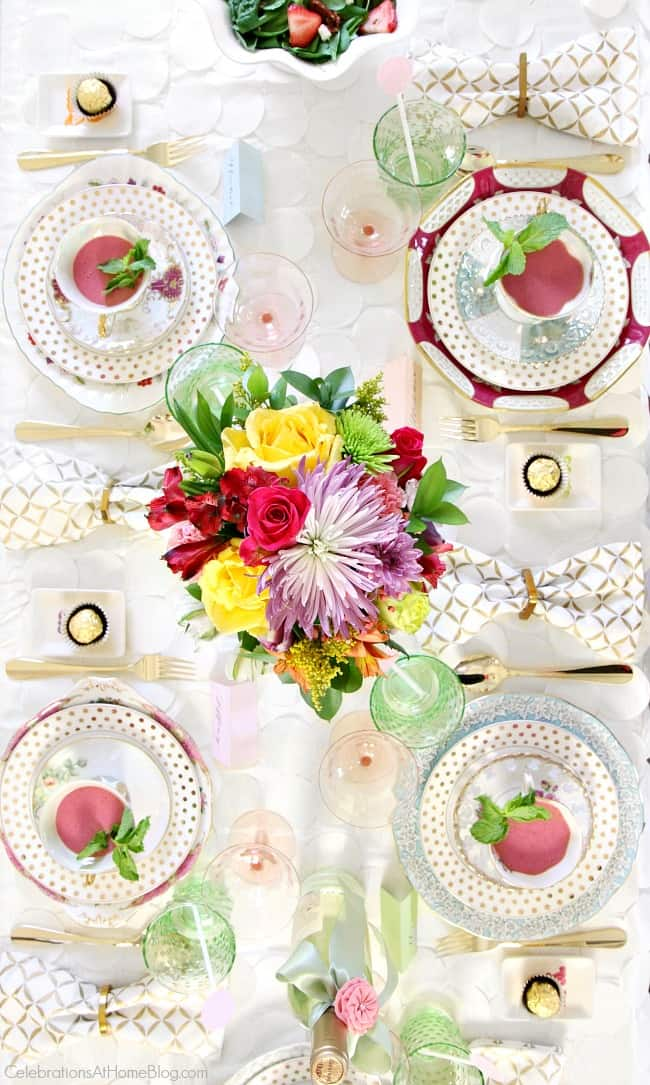 Get all the help you need for a bridal party with this bridesmaid luncheon with menu recipes and decor including this beautiful bridal shower tablescape.