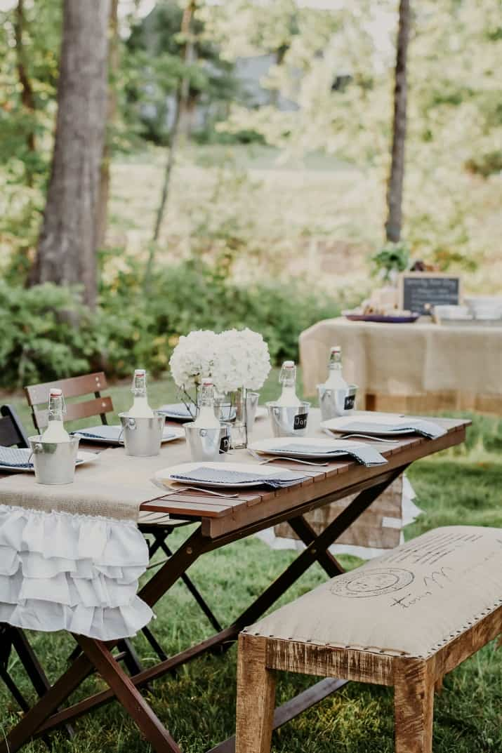 casual cookout party ideas, outdoor table setting