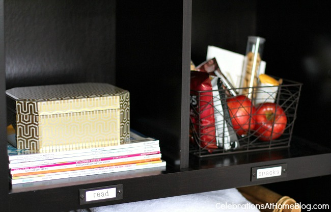 guest room bookcase styling
