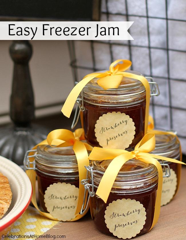 Al Fresco Dinner Party Menu with Recipes; easy freezer jam party favor jars