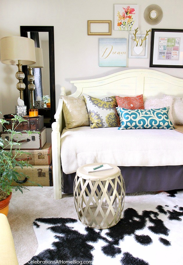 Everything you need to know to get your guest room guest ready / Celebrations At Home Blog