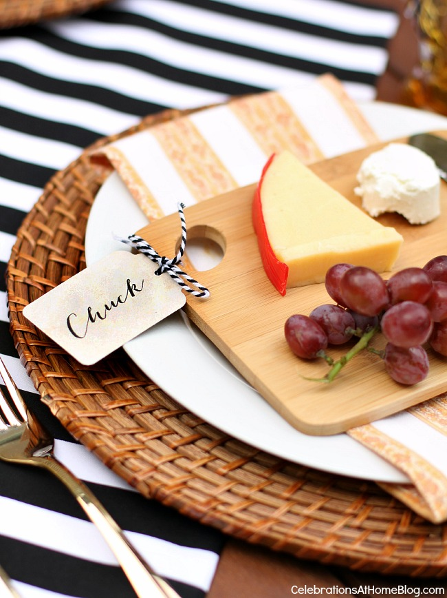 You'll love this tabletop and menu for a dinner party al fresco. Invite your friends and use these ideas as your blueprint for a party. Give each guest their own cheese board.
