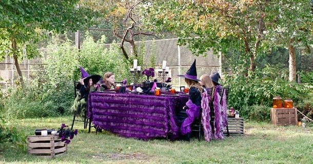 A Halloween Witchy Birthday Party {guest feature}