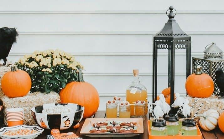 best Halloween pumpkin carving party ideas