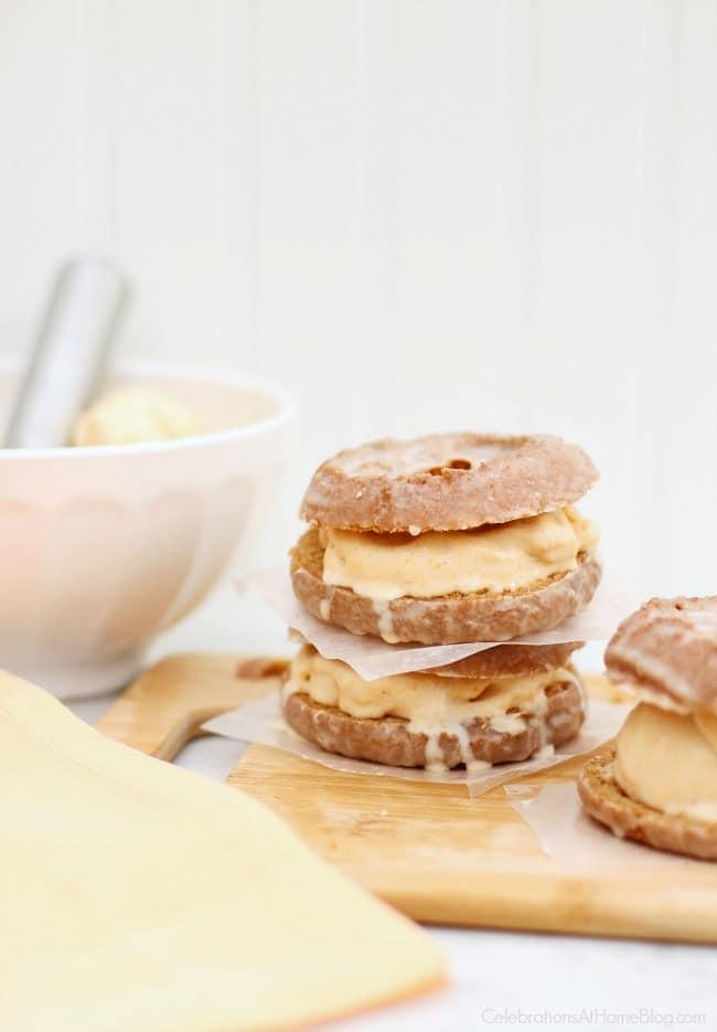 ThisPumpkin Ice Cream Doughnut Dessert is a delicious treat! Make this easy pumpkin ice cream and create a sandwich with pumpkin donuts.
