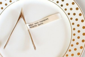 holiday table ribbon quotes
