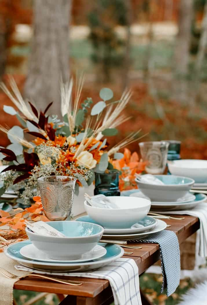 beautiful fall table setting outside
