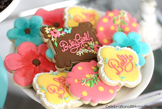 Baby shower custom cookie designs. See more ideas from this baby shower inspiration shoot.