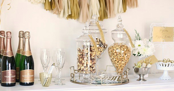 Entertaining : Popcorn & Champagne Dessert Bar