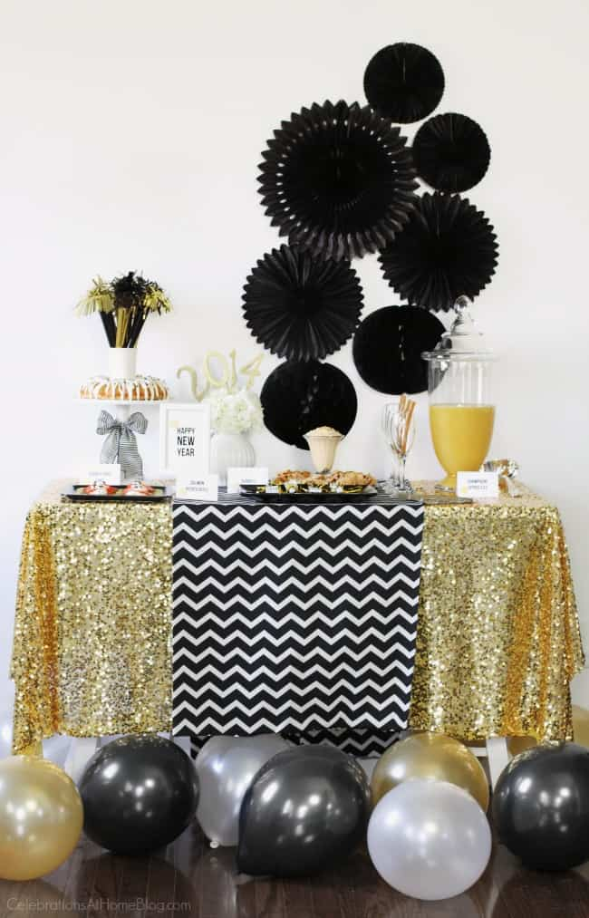 Host a New Years Eve Party with These Awesome Tips ...