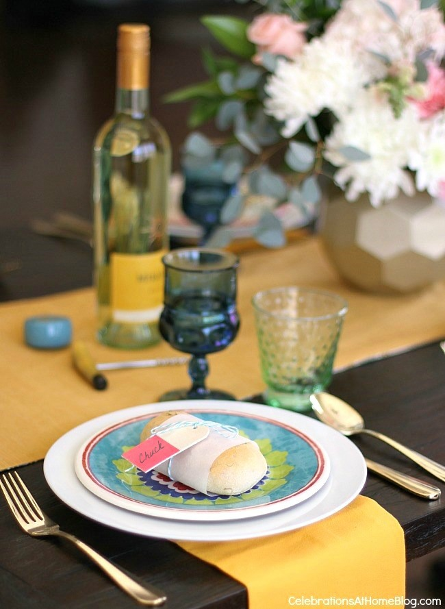 Spring place settings: See how to add more color to the dining table with 2 different looks for Spring entertaining. I've set one table, two different ways using the same items. See what I changed, here.