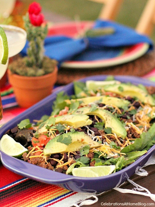 You'll love these entertaining and party ideas for Cinco de Mayo. - taco salad