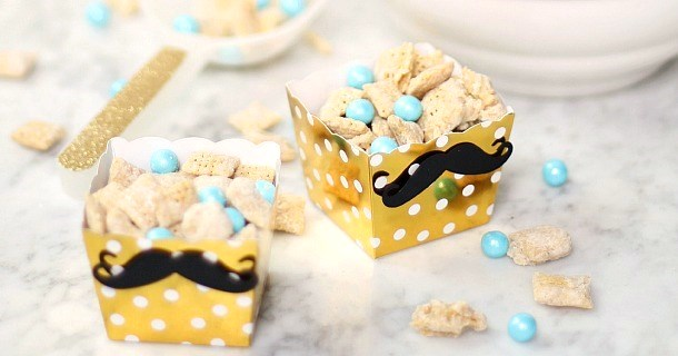 Sweet Party Snack Mix