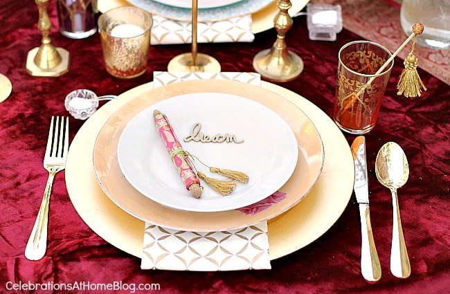 Moroccan themed place settings. Lots of decor, food, & drink ideas from this Moroccan inspired party.
