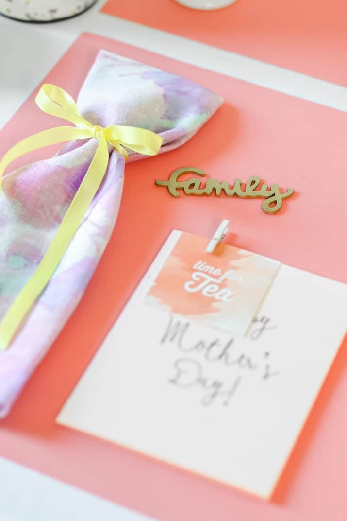 mother's day simple place setting