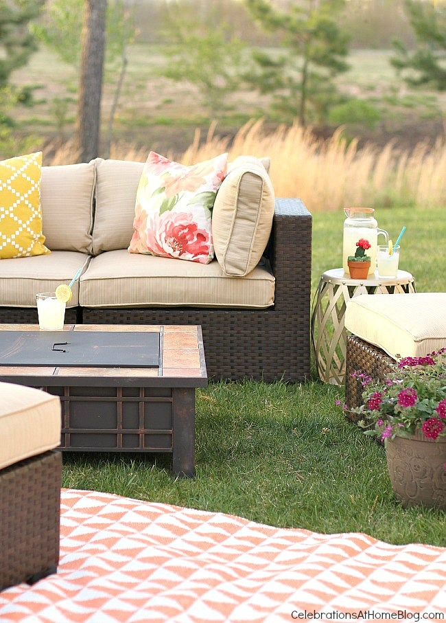 See how I created 2 separate areas for outdoor living & entertaining using 5 specific tips that can help you too.
