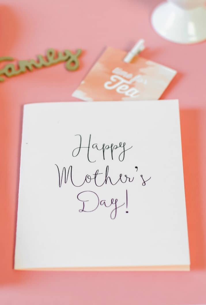 Minimalist free printable mothers day card