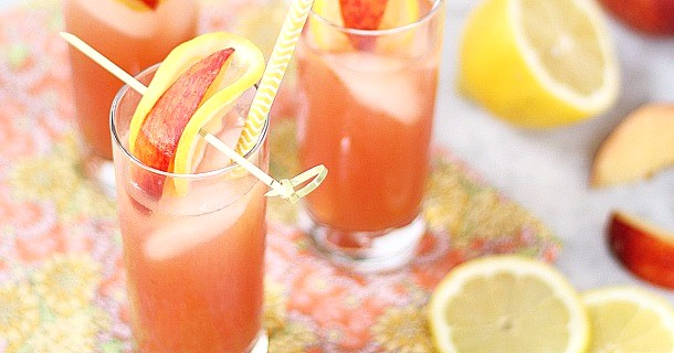 Pomegranate Peach Lemonade