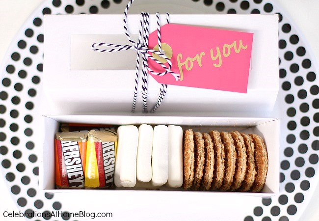 Host a summer soiree with these tips and inspiration. Mini s'mores kits for favors