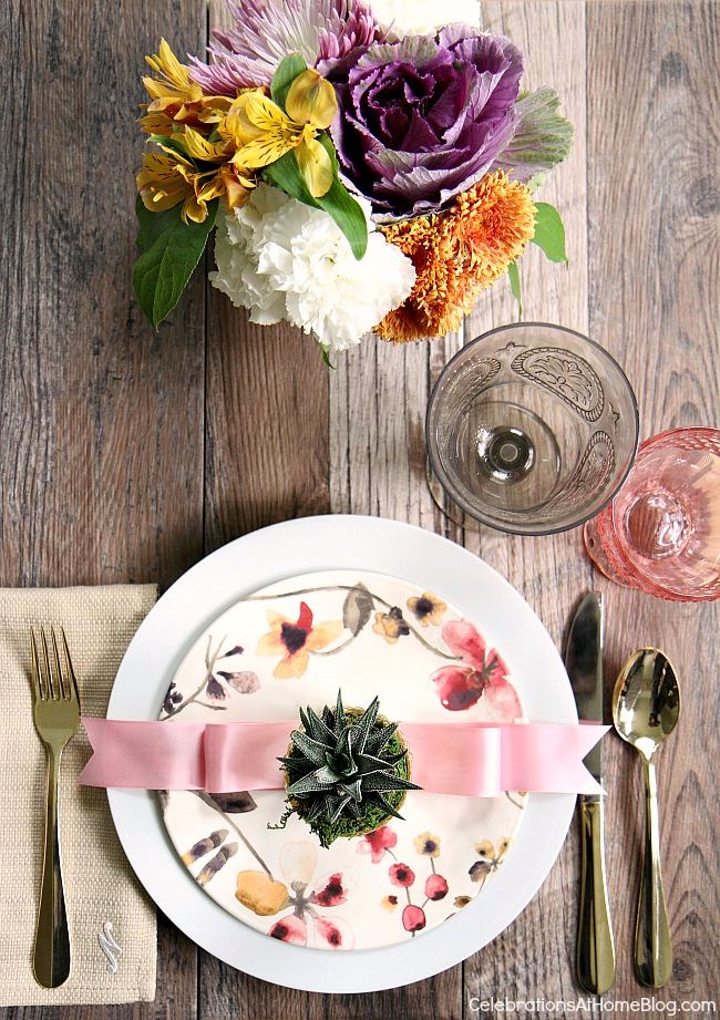 Follow these 6 steps to prep your home for holiday entertaining, plus an entertaining tip for each one, here. - fall place setting