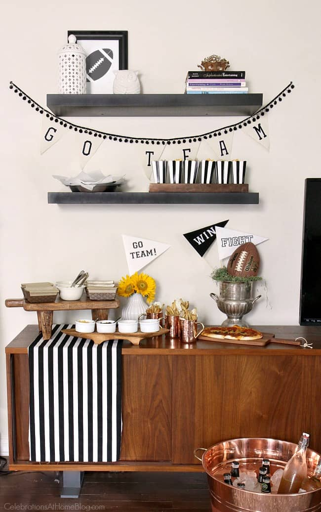 Set up this stress free football party and enjoy the big game hassle free. Game day party ideas.