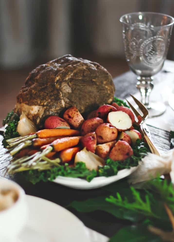 roast beef and vegetables, Christmas Dinner Party Tablescape & Menu Plan