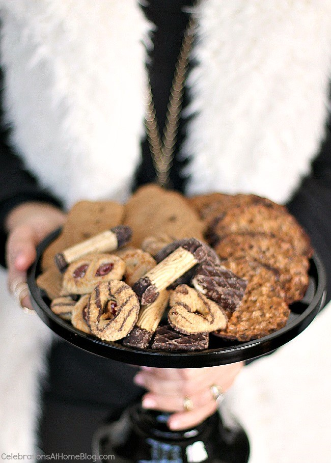 How to host an easy cocktail party. cookie plate