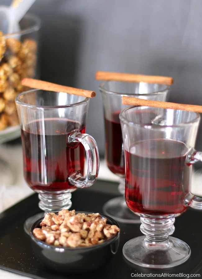 How to host an easy cocktail party. hot mulled wine